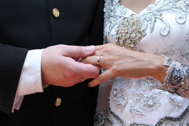 odd_wedding_generic